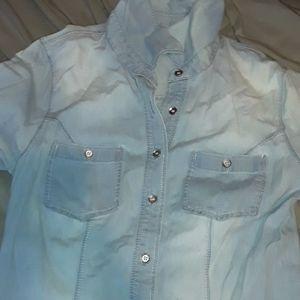Guess button up shirt